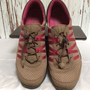 Clarks Hedge Tipi Leather Shoes